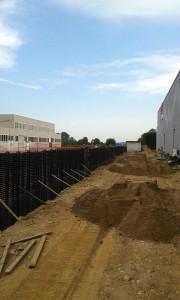 sistema con palizzata energetica di circa 100 metri lineari per riscaldamento e raffrescamento di uno stabilimento industriale di nuova costruzione in Provincia di Biella